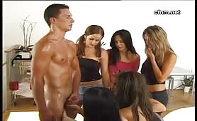 6 girls watch him masturbate