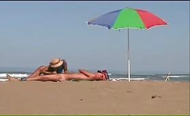 Granny's CFNM beach blowjob and handjob
