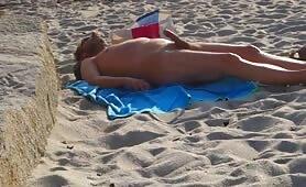 No hands cumblast at the beach